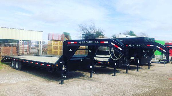 Gooseneck 102x28 trailer 7 k axles one year warranty