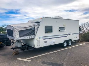 Camper trailer for Sale in Burbank, CA
