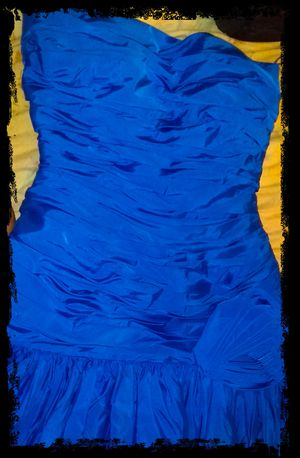 Victor costa prom dress for Sale in St. Augustine, FL