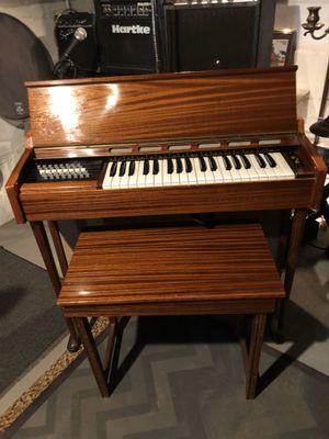 Farifisa Organ Vintage 1960's for Sale in Bloomfield, NJ
