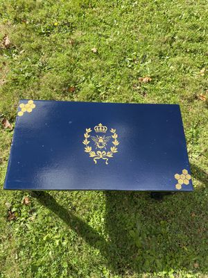 Small/Medium Bee Bench for Sale in Milwaukie, OR