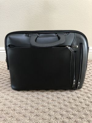 33791ee0fb2 TUMI  Arrive - Narita  Slim Leather Briefcase for Sale in Porter Ranch