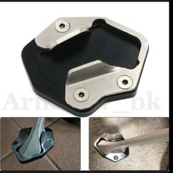 Triumph Motorcycle Kickstand Extension Footpad for Sale in East Point,  GA