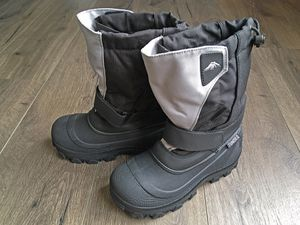 Tundra Boots Kids Quebec, 4W Big Kid for Sale in Scottsdale, AZ