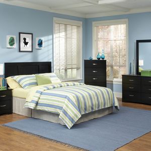 Beautiful Black Sleek Bedroom Suite for Sale in Indianapolis, IN