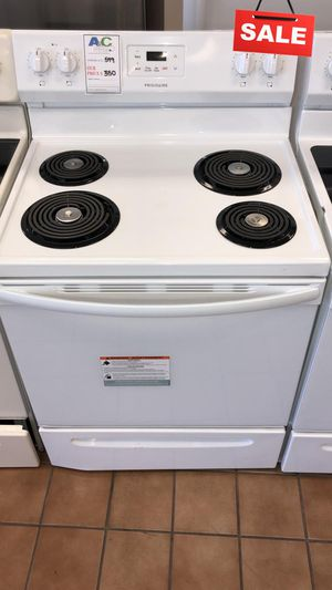 BIG BARGAINS!! CONTACT TODAY! Frigidaire Electric Stove Oven Digital Display #1499 for Sale in Baltimore, MD