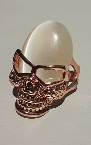 Rose Gold Crystal Skull Ring Size 9 for Sale in Union, WA