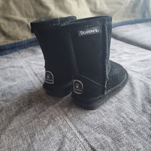 Toddler Bearpaw Boots for Sale in Hoquiam, WA