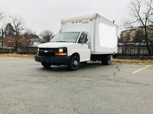 2004 Chevy Express Box Truck Box Van for Sale in Malden, MA