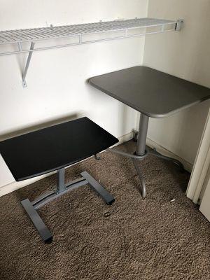 Small tables / desk for Sale in Miami, FL