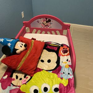 Mini mouse Bed for Sale in Hollywood, FL