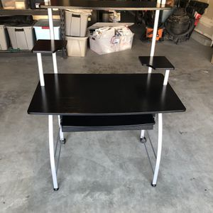 Computer Work Station for Sale in Brentwood, CA