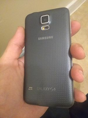 T mobile Galaxy s 5 for Sale in Los Angeles, CA