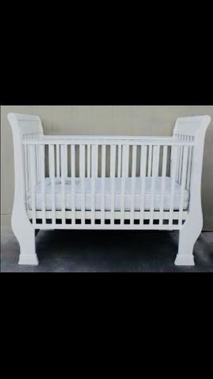 Pottery Barn crib for Sale in Sunbury, OH