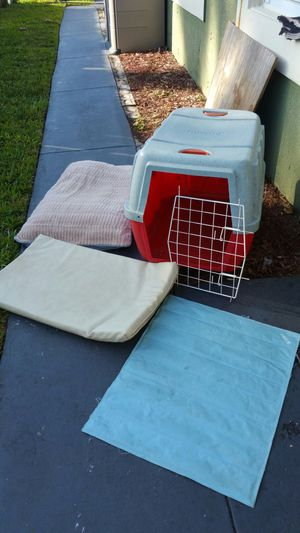 Dog house and travel Plus others acessories!!! Size medium used very little for Sale in Miami, FL