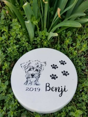 Home and yard decor pet memorials,stepping stones for Sale in Salem, MO