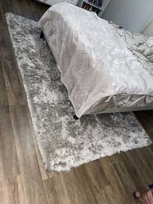 Zgallerie silver soft rug for Sale in Raleigh, NC