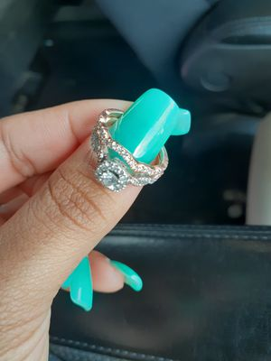 Size 7 Wedding ring 14k white and rose gold for Sale in Tampa, FL