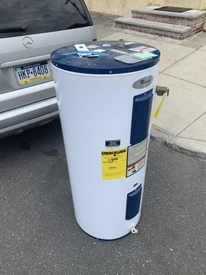 40 galon water heater! for Sale in Philadelphia, PA