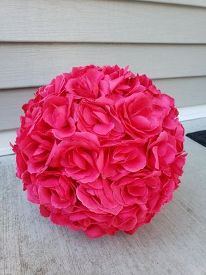 8 Hot Pink Flower Balls Kissing Balls Large Topiary Pomander Centerpieces wedding decor for Sale in Bristol, CT