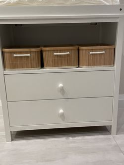 Baby Changing Table / Dresser for Sale in Beaverton,  OR