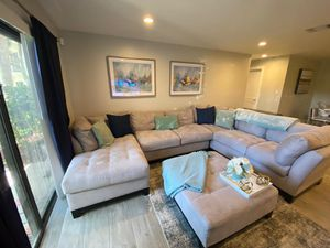 Sectional for sale. for Sale in Tamarac, FL