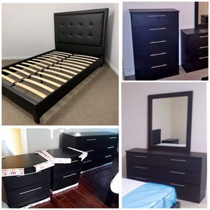 New 6 pieces Queen bed frame mirror dresser chest and nightstands mattress is not included for Sale in Lake Worth, FL