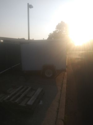 Franklin 8'×5' enclosed trailer for Sale in Cherry Hill, NJ