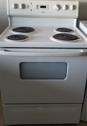 hotpoint electric stove everything works good for Sale in Lathrop, CA