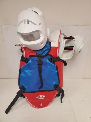 Taekwondo MAG Sparring Gear Set 7 Pieces Package with Backpack, Youth Size L for Sale in Duluth, GA