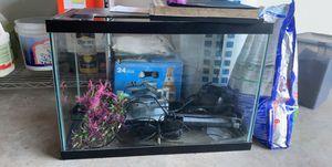 20 Gallon Fish Tank Aquarium for Sale in Irving, TX