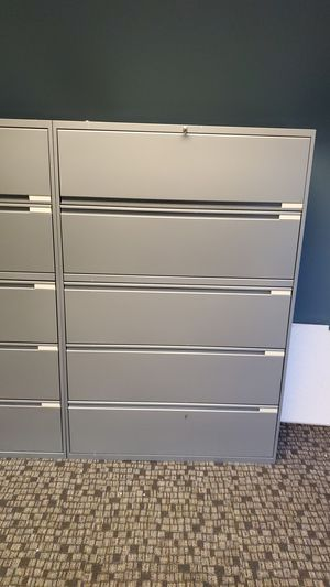 Filling cabinet with key for Sale in Fontana, CA