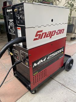 Snap-on MM 250SL MIG Welder for Sale in Los Angeles,  CA