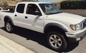 Toyota Tacoma 2003 Automatic for Sale in Chicago, IL
