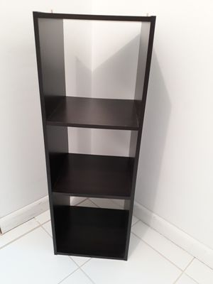 Small shelfs (2) for Sale in Miami Beach, FL