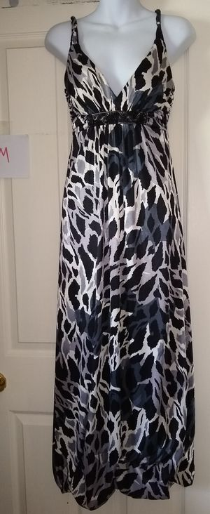Women's dress 3 never worn for Sale in Anchorage, AK