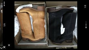 FRY BOOTS SIZE 9.5 BRAND NEW PAID 250 EACH for Sale in Beaumont, CA