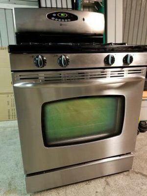 Maytag Gas Stove for Sale in Bellevue, WA