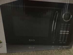 Microwave oven for Sale in Gaithersburg, MD