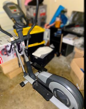 Elliptical trainer for Sale in San Marcos, CA
