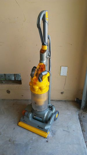 Dyson DC 14 Vacuum Cleaner for Sale in Converse, TX