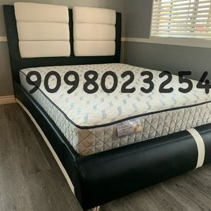 Cal king size beds with mattress included for Sale in Newport Beach, CA