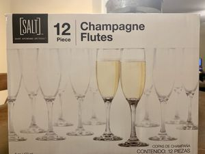 Champagne glasses for Sale in San Angelo, TX