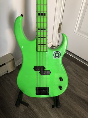 Lime Green Bass Machine for Sale in Bridgeport, CT