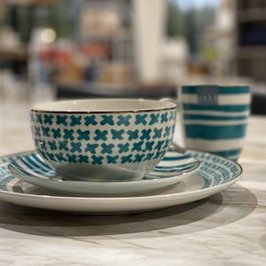 32-pc dinnerware set (service for 8) in teal and gold by Elle Decor brand. New open box condition with slight wear. MSRP $110. Our price $65 + sales t for Sale in Woodstock, GA
