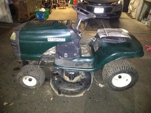Craftsman Riding Lawn Mower for Sale in Garden Grove, CA