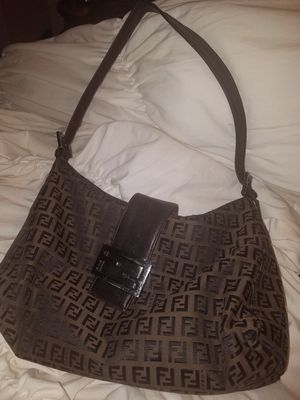 Chocolate brown Fendi hobo bag for Sale in Randallstown, MD