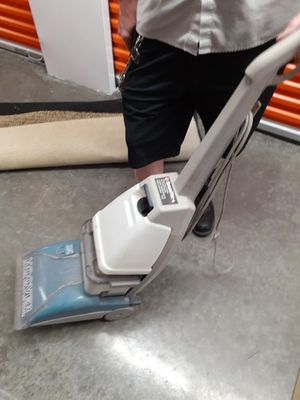 Steam cleaner for Sale in Pasadena, TX