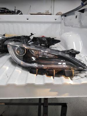 Chrysler 200 headlight RH (passenger side) for Sale in Montgomery Village, MD