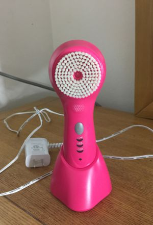 Conair makeup cleansing brush for Sale in Downey, CA